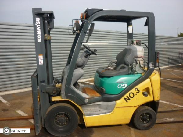 Газокар KOMATSU 2004 г. 1000 кг