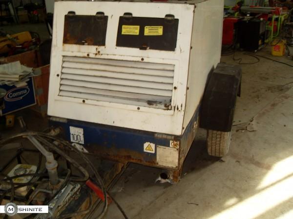 Продавам дизелов компресор 1.7 кубика Compair