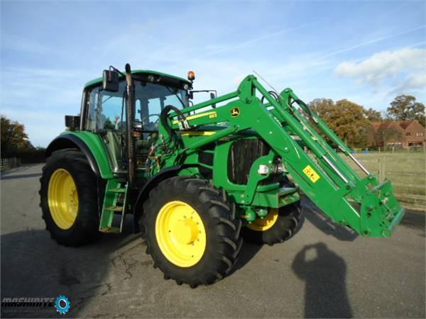 John Deere 6830   трактор