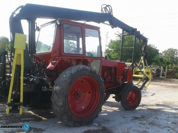 Продавам Трактор с кран Шипка