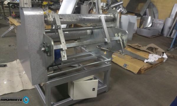 Машина за пренавиване на стреч фолио и алуминиево фолио