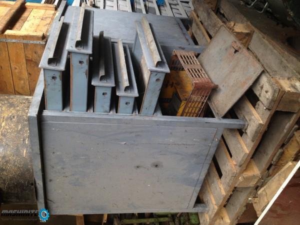 Инструментален шкаф / работна метална маса с чекмедж ...