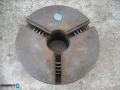 универсал за струг 200 мм берое
