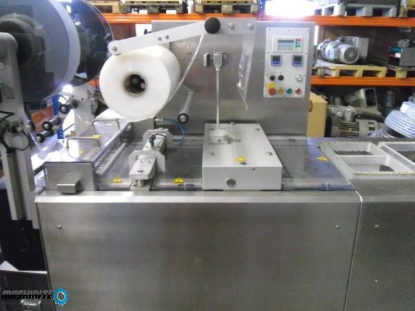 Термоформовъчна машина за меко фолио