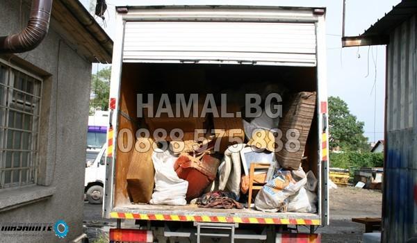 Хамал.бг за почистване на тавана и мазето