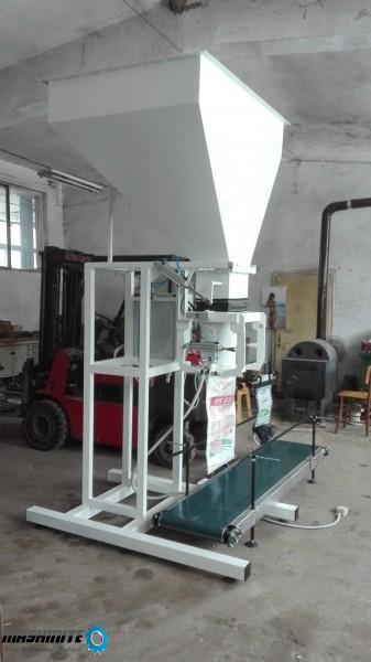 Пакетаж машина за пелети и други насипни материали