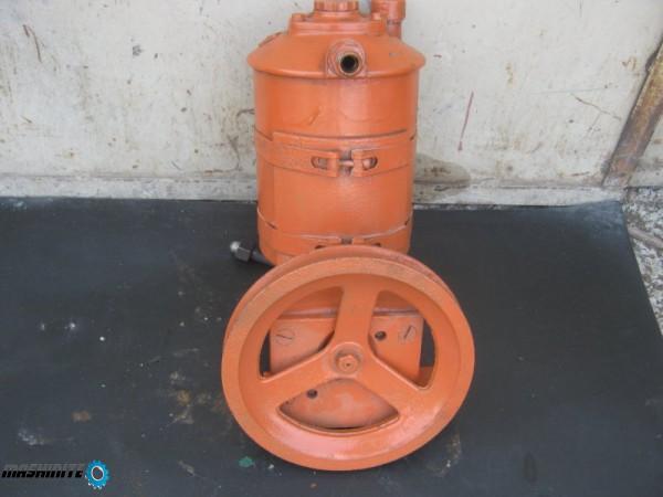 хидравлична помпа
