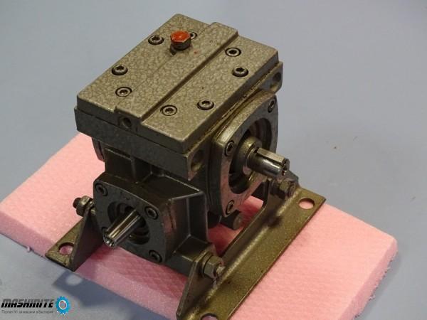 Червячен редуктор 2Ч-40